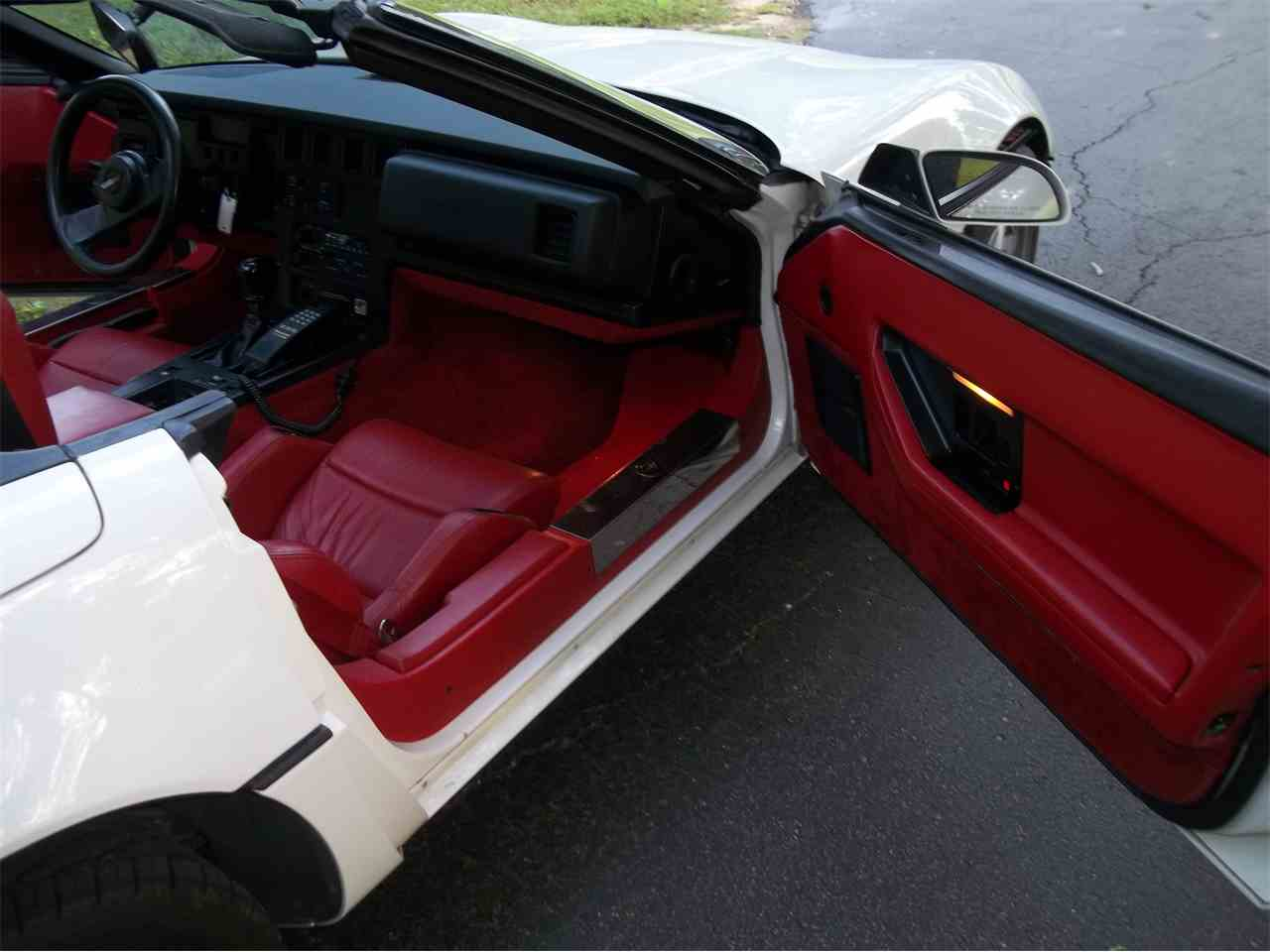 Large Picture of '86 Chevrolet Corvette located in Memphis Tennessee - M2OX