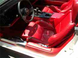 Picture of 1986 Chevrolet Corvette located in Memphis Tennessee - M2OX