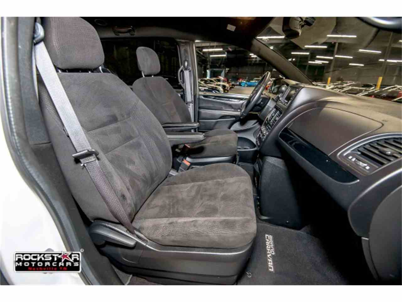 Large Picture of '14 Dodge Grand Caravan - M2PQ