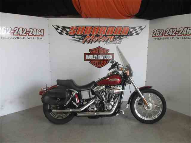 2005 Harley-Davidson® FXDLI | 1031031