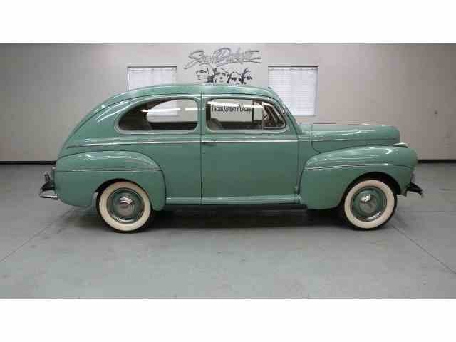 1941 Ford Super Deluxe | 1031298