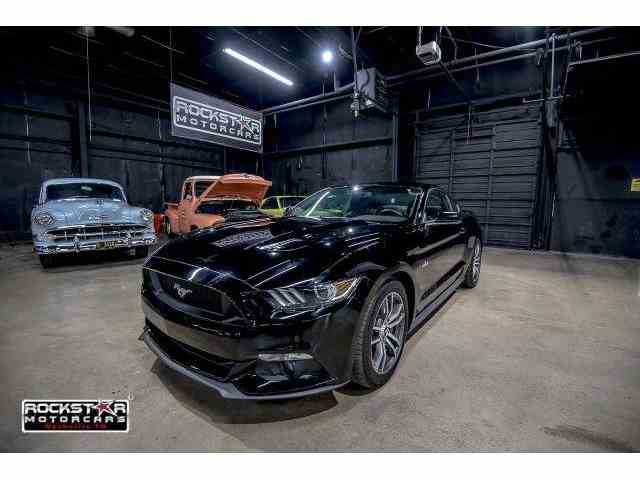 2015 Ford Mustang | 1031687