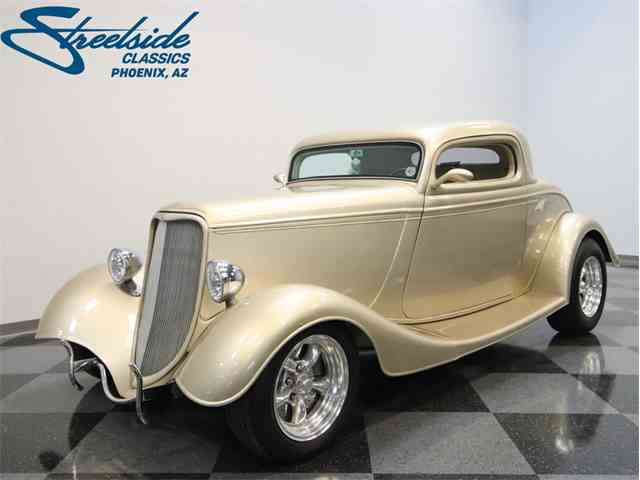 1933 Ford 3-Window Coupe | 1031710