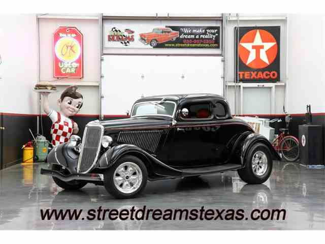 1934 Ford Deluxe   1031808