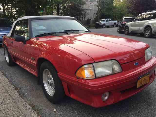 1992 Ford Mustang GT | 1032091