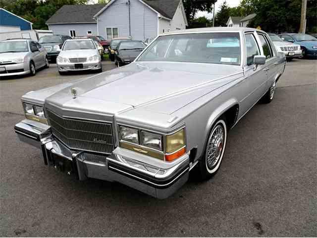 1984 Cadillac Fleetwood Brougham | 1032149