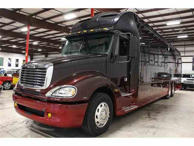 2009 Dynamax Grand Sport 45' Ultra Luxury Coach | 1032192