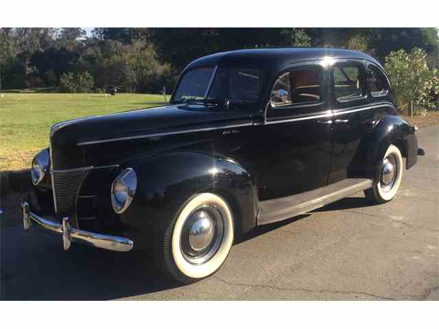 1940 Ford Deluxe | 1032352