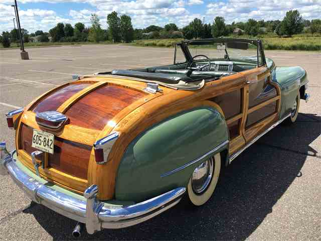 1948 Chrysler Town & Country   1032359