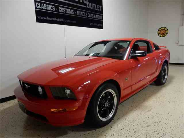 2005 Ford Mustang GT | 1032434