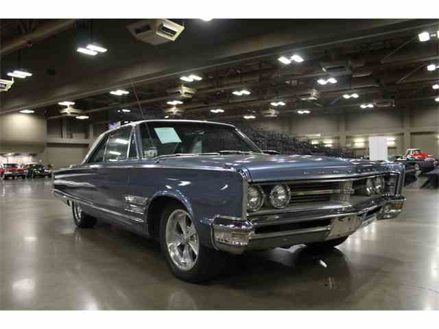 1966 Chrysler 300 | 1032559