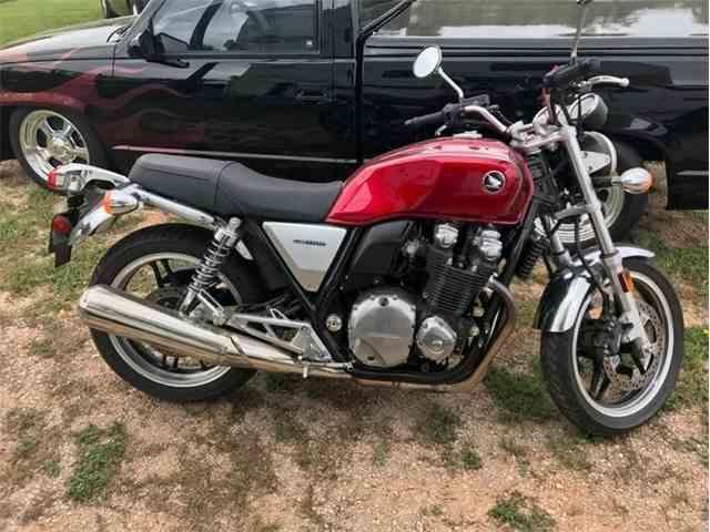 2013 Honda CB1100 Motorcycle | 1032594
