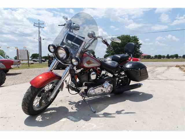1999 Harley-Davidson Heritage Softtail Motorcycle | 1032595