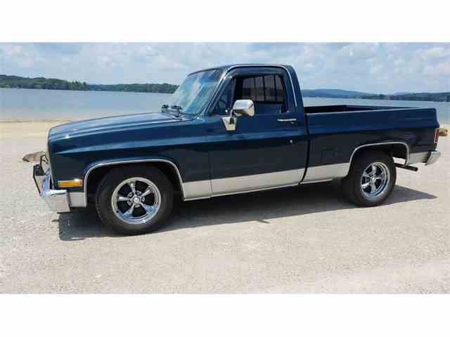 1986 Chevrolet C10 | 1032602