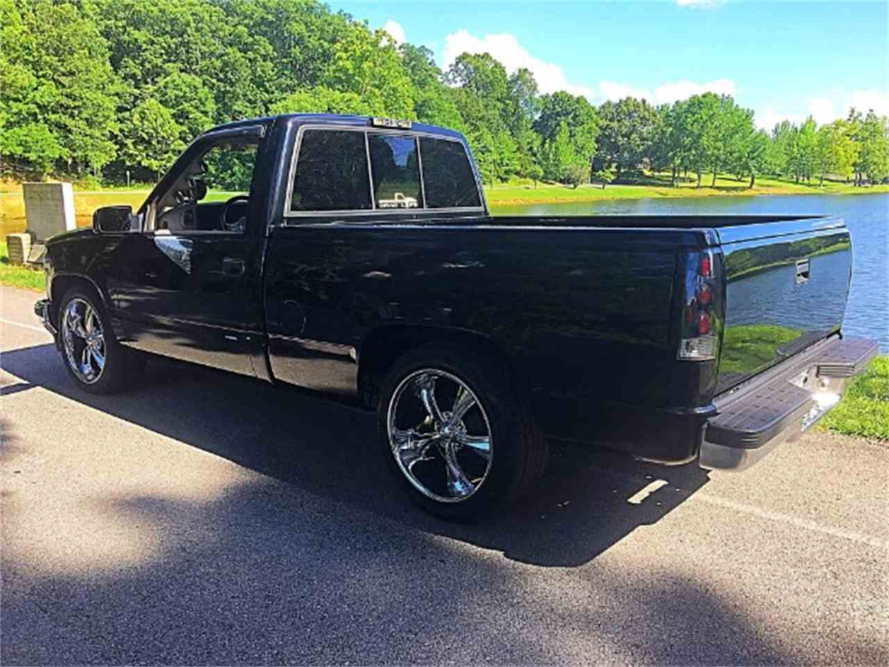 Large Picture of 1995 GMC Sierra Offered by Bobby's Car Care - M2YE