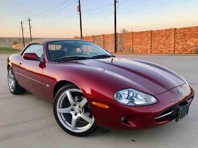 1997 Jaguar XK8 | 1032624