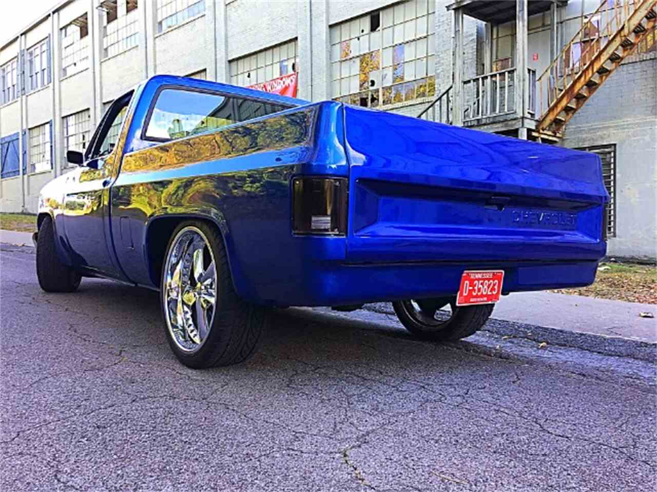 Large Picture of 1982 Chevrolet C/K 10 - M2YM