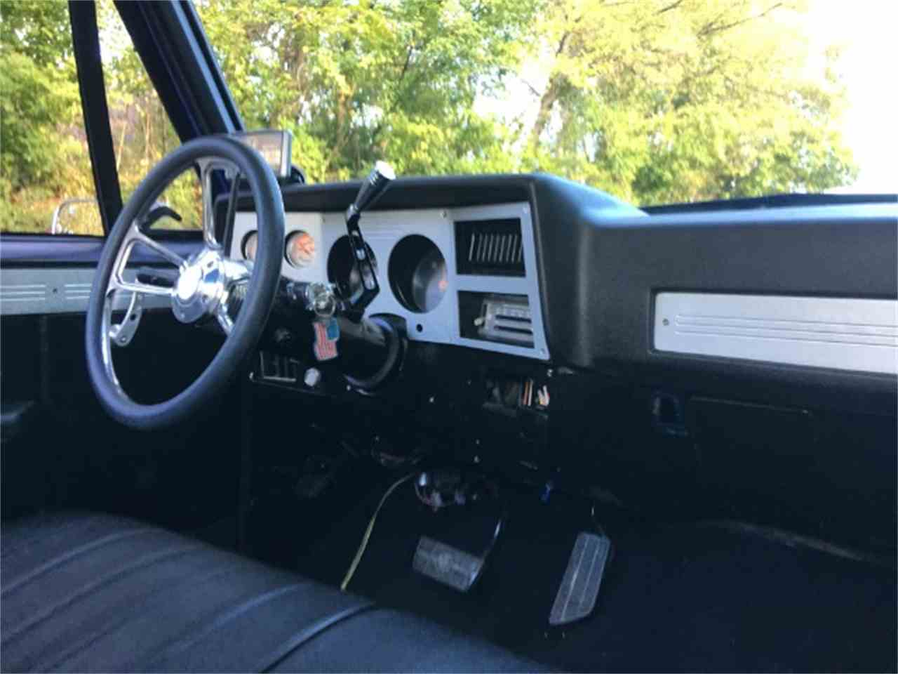 Large Picture of 1982 Chevrolet C/K 10 located in Tennessee - M2YM