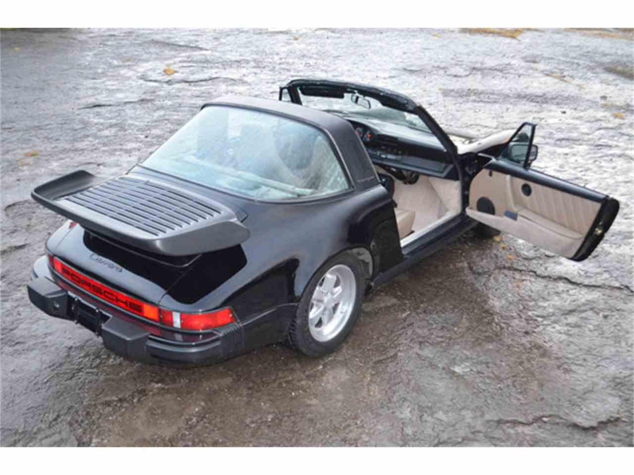 Large Picture of '84 911 located in Lebanon Tennessee - $39,911.00 Offered by Frazier Motor Car Company - M2YT