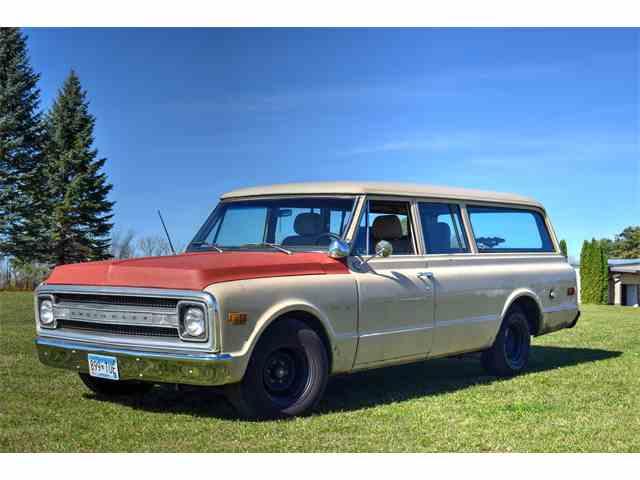 1969 Chevrolet Suburban | 1032966
