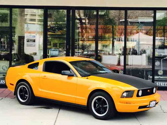 2007 Ford Mustang | 1033040