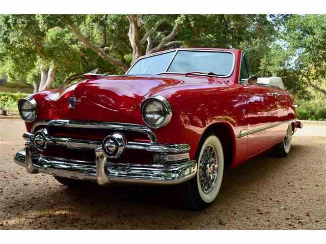 1951 Ford Custom Deluxe | 1030307