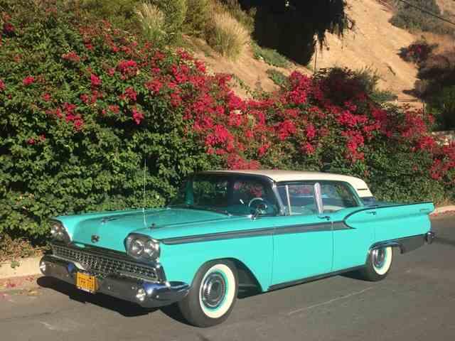 1959 Ford Fairlane 500 | 1033112