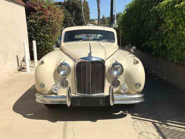 1960 Jaguar Mark IX | 1033152