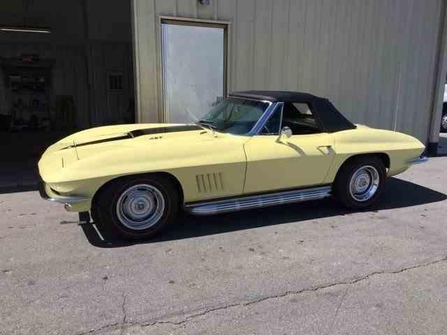 1967 Chevrolet Corvette | 1033683