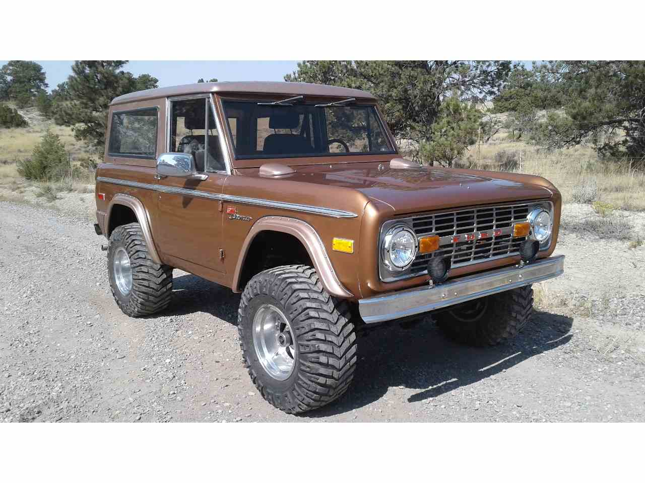 Picture Of 75 Bronco