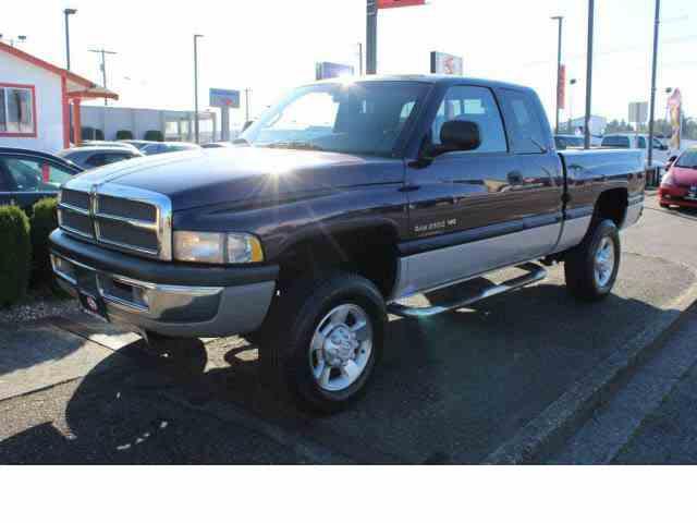 1999 Dodge Ram 2500 | 1033844