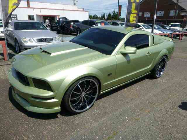 2006 Ford Mustang | 1033882