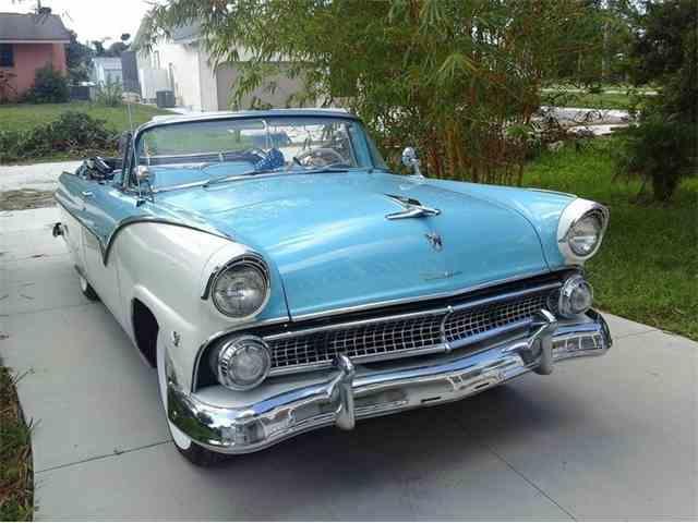 1955 Chevrolet Sunliner Convertible | 1034205