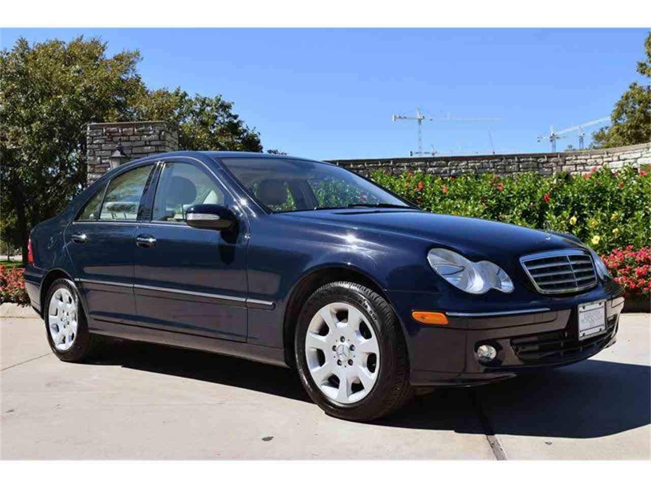 Large Picture of '05 C-Class - M61L