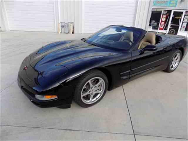 2004 Chevrolet Corvette | 1034404