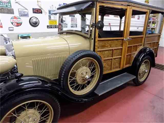 1929 Ford Woody Wagon | 1034419