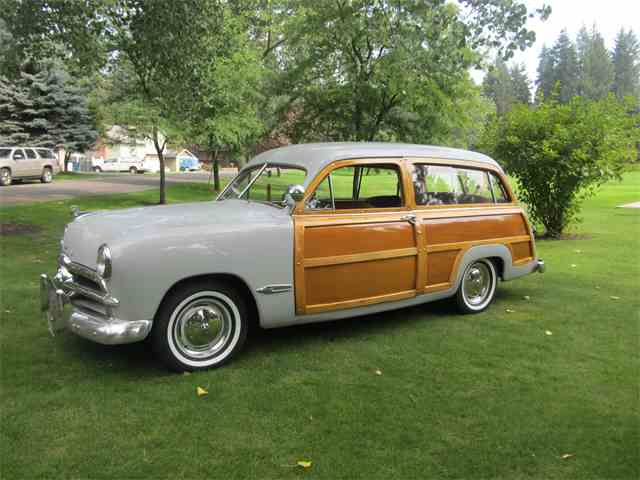 1949 Ford Woody Wagon | 1030443