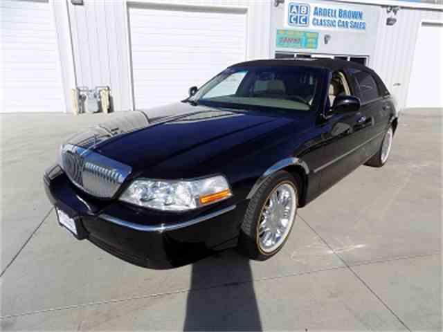 2006 Lincoln Town Car | 1034472