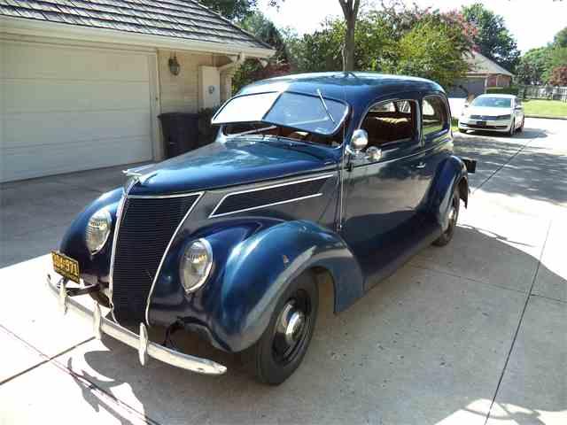 1937 Ford Standard 2-Dr Sedan | 1034543