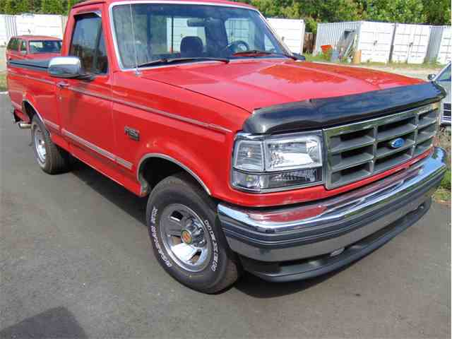 1992 Ford F150 XLT Shortbed Pickup | 1034805