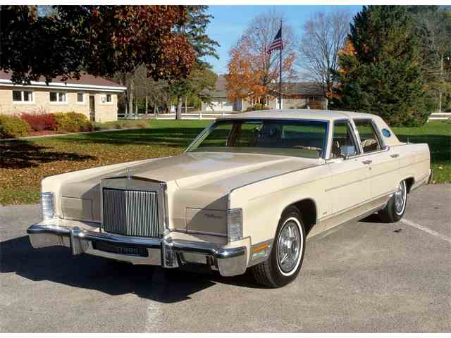 Picture of 1979 Town Car located in Minnesota - $9,950.00 - M6HM
