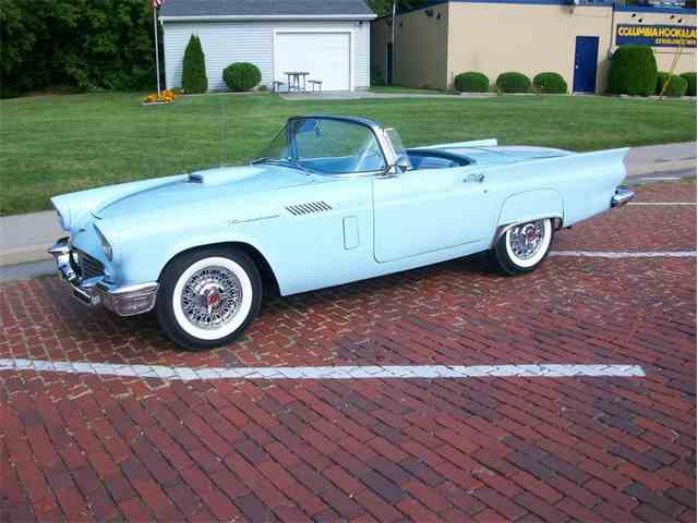 1957 Ford Thunderbird | 1030495