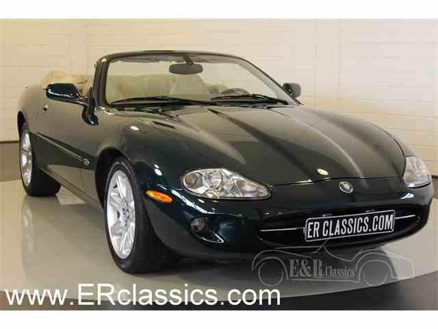 2000 Jaguar XK8 | 1034962