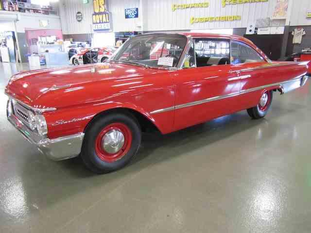 1961 Ford Starliner | 1035022