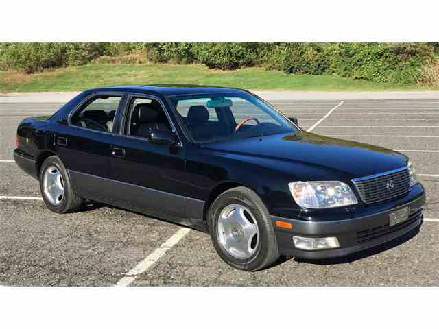 2000 Lexus LS400 | 1035456