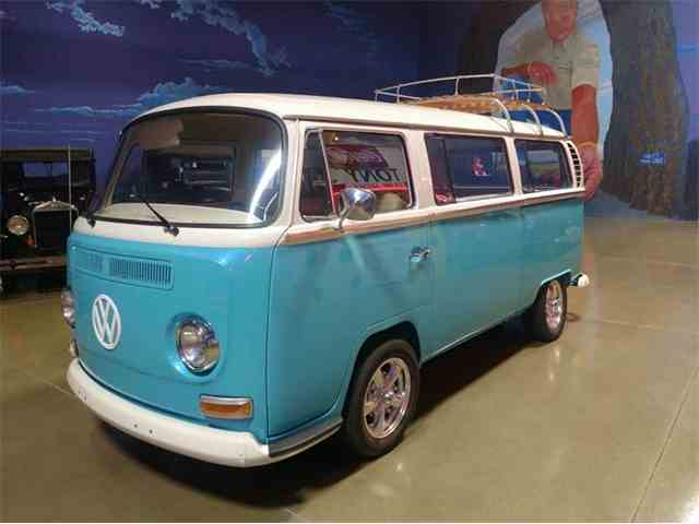 Picture of Classic 1968 Bus Offered by Okoboji Classic Cars LLC  - M751
