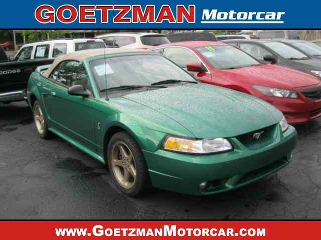 1999 Ford Mustang | 1035820