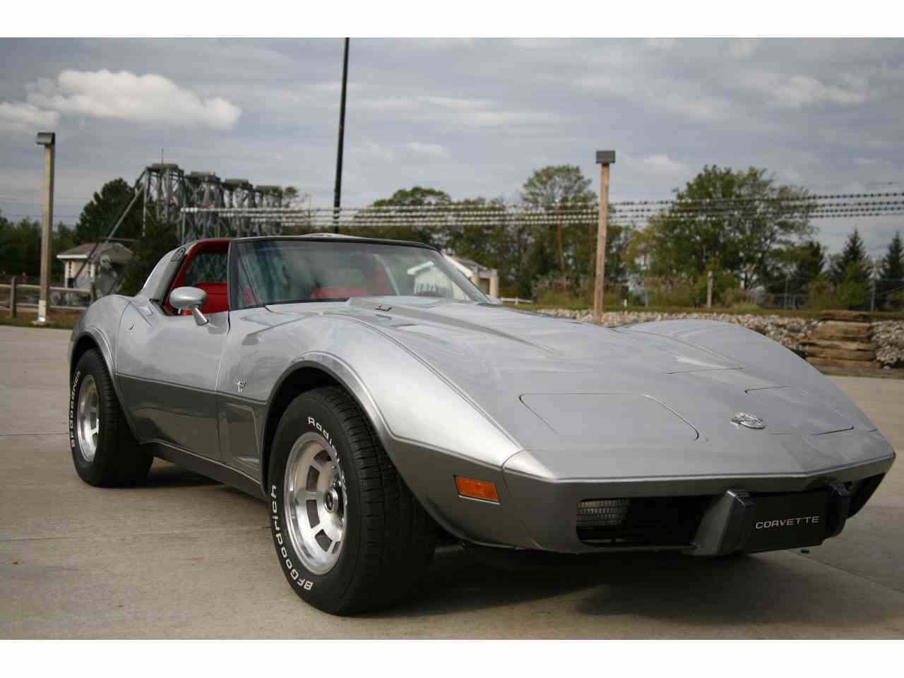 Large Picture of '78 Corvette - M7AB