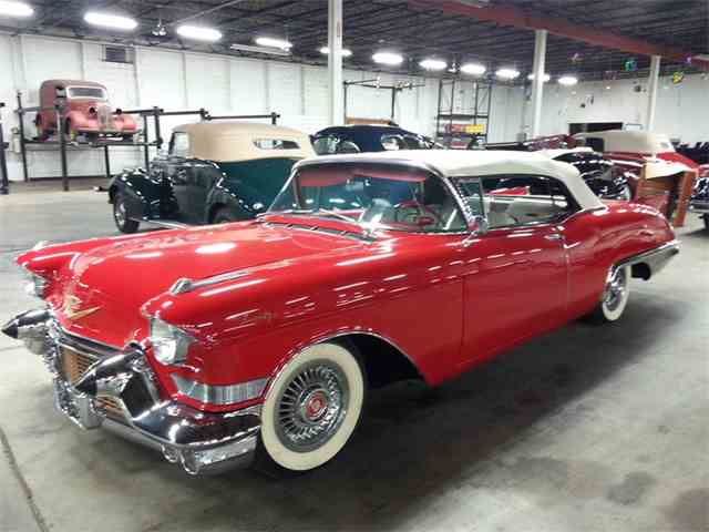 1957 Cadillac Eldorado Biarritz | 1035924