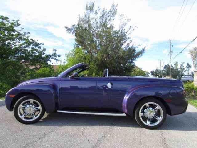 2004 Chevrolet SSR | 1036015